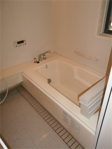 ビフォーアフタ- 浴室リフォーム