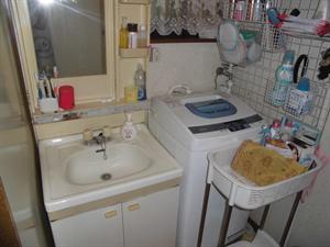 洗面所改修・洗面化粧台取替工事