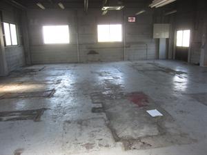 貸倉庫 床塗装工事