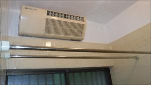 温水式浴室暖房乾燥機