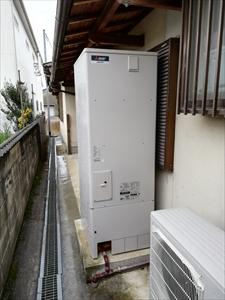 電気温水器 エコキュート取替工事